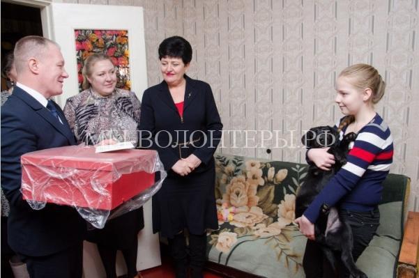 Путин подарил лабрадора4